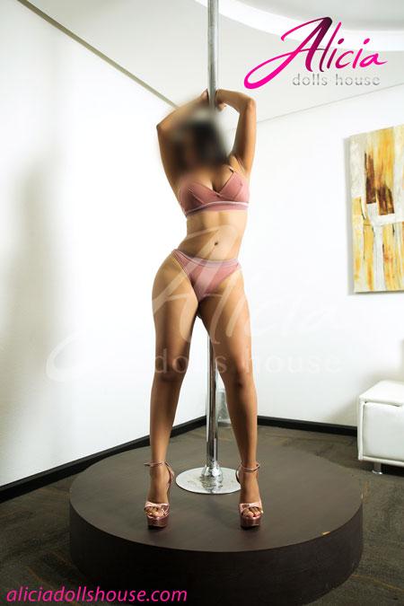 Becky-Escort-Volupruosa-en-Saltillo-10
