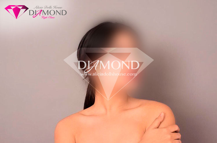 Anita-escort-monterrey-teen-petite-diamond-3