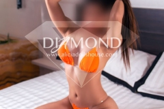 Betty-Diamond-petite-amateur-modelo-8