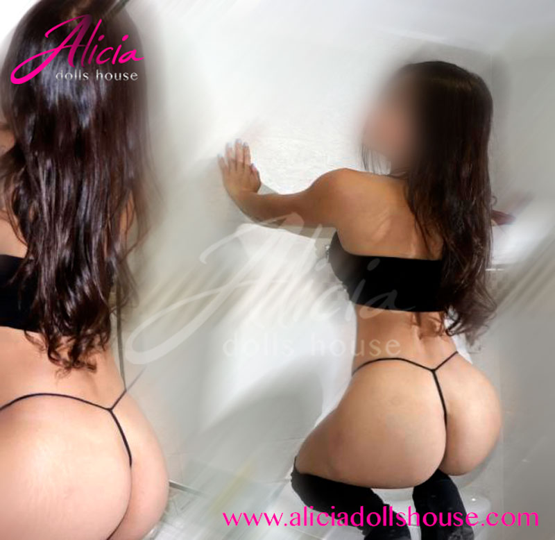 aliciadollshouse-joven-escort-petite-christine-3