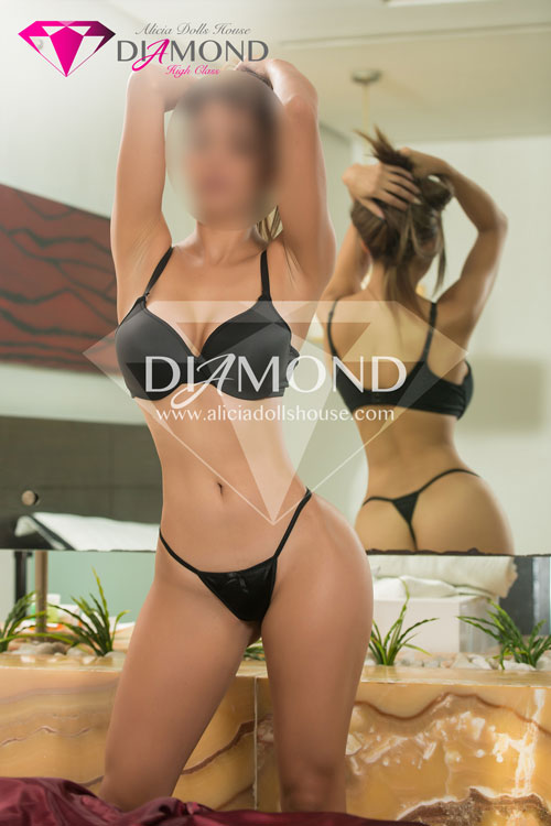 Diamond-elisa-aliciadollshouse-escort-monterrey-16