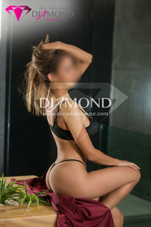 Diamond-elisa-aliciadollshouse-escort-monterrey-8