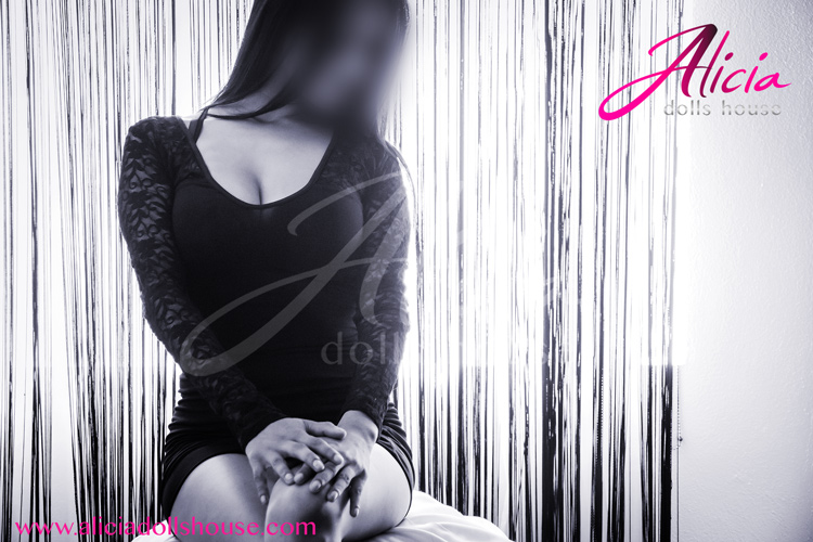 Naoby-escort-monterrey-aliciadollshouse-11