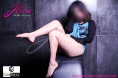 escort-19-años-petite-norah-3